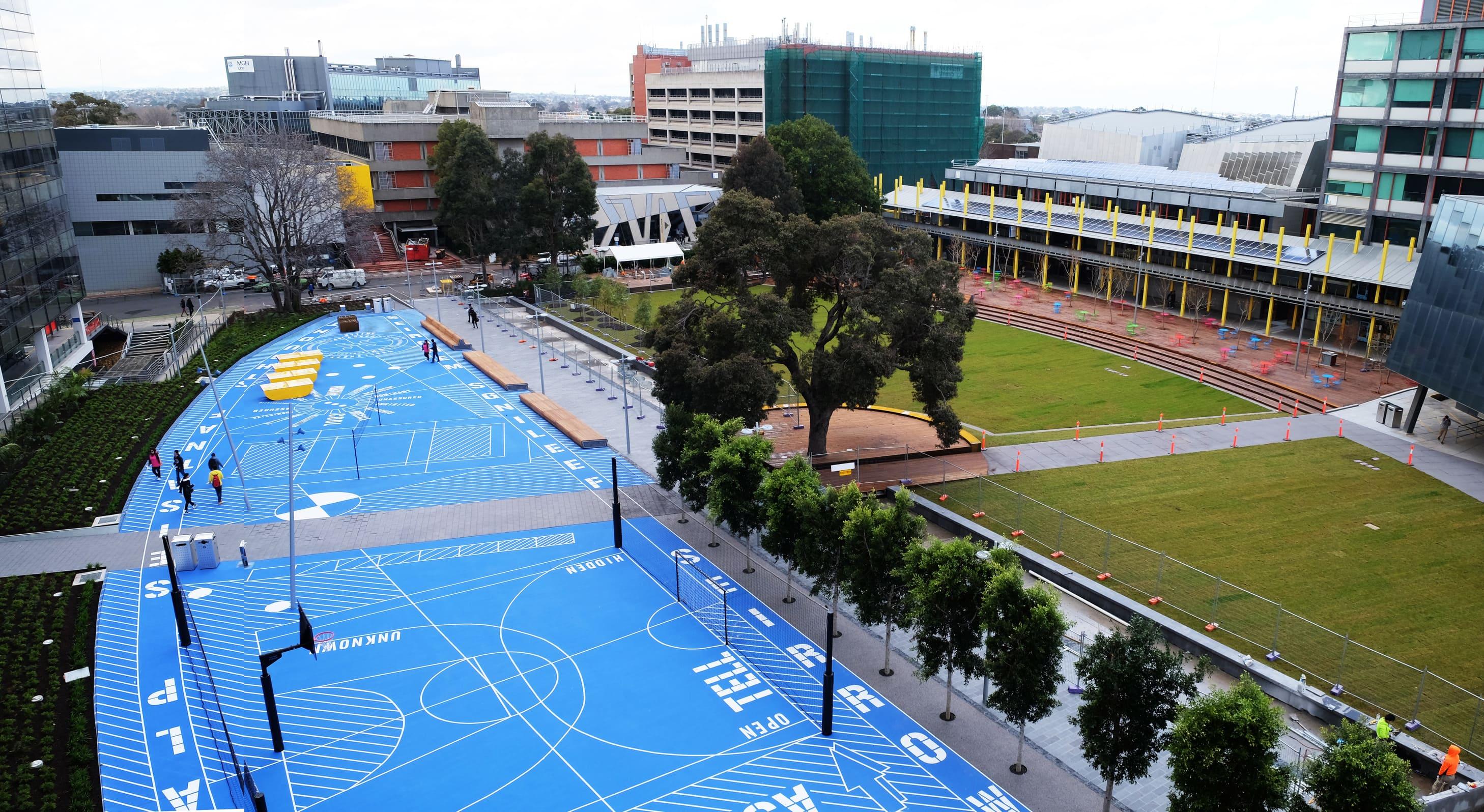 2Construct - Monash Campus Green 01