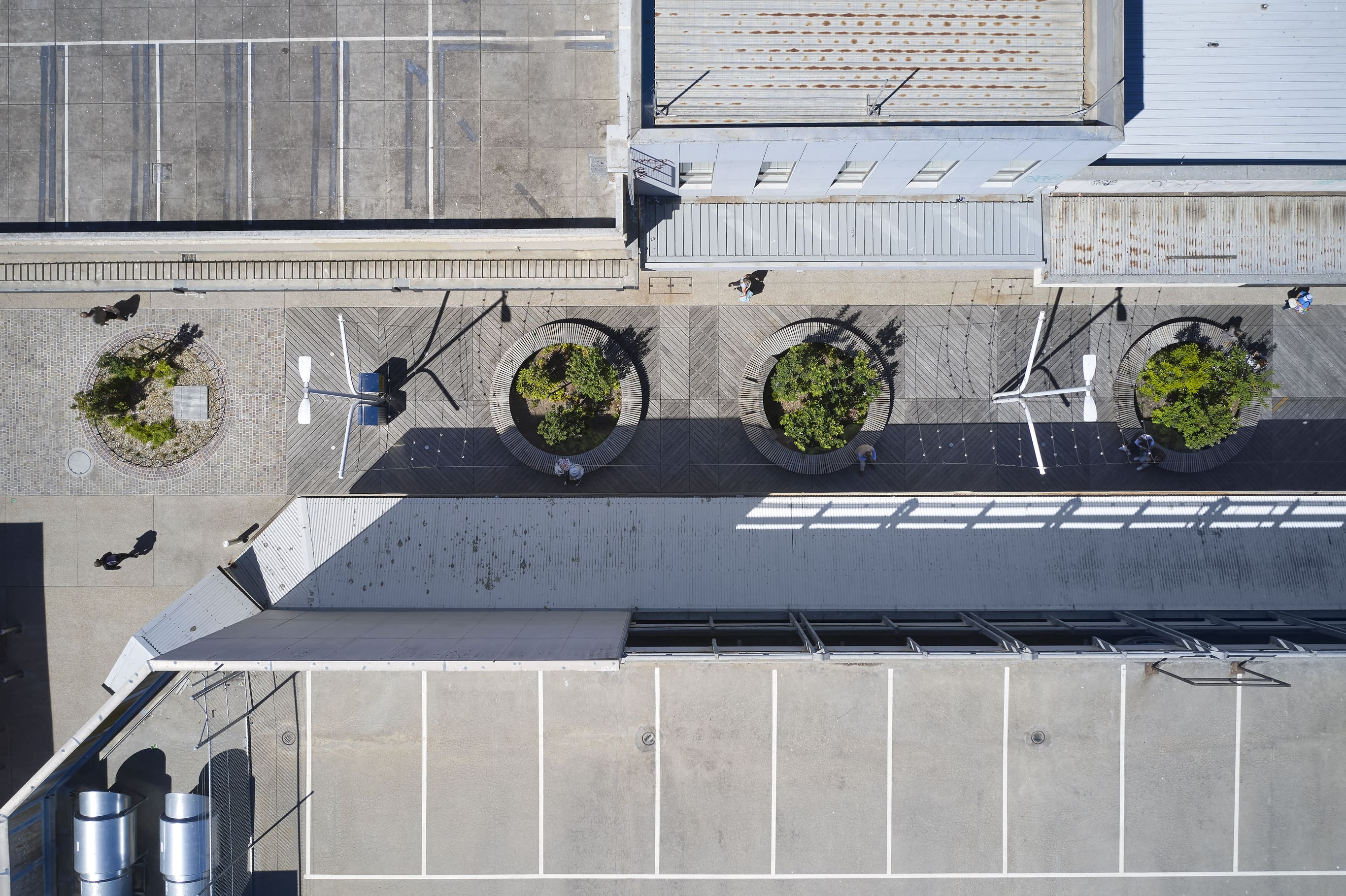 2Construct - Frankston Mall 01