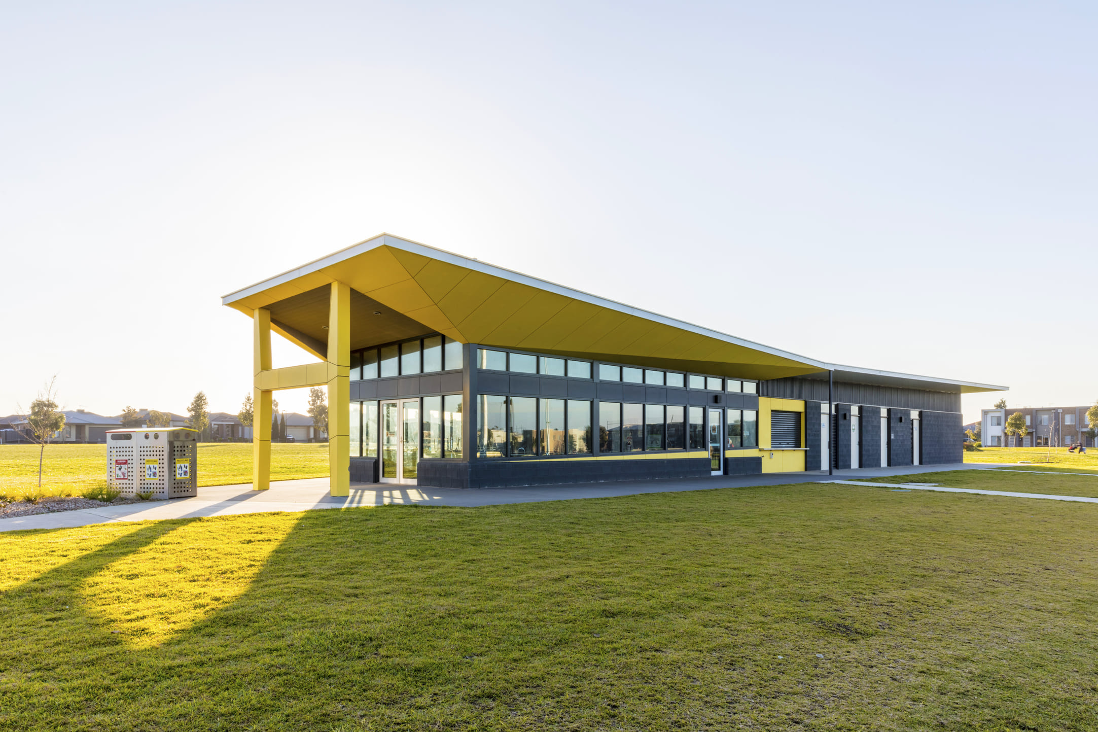 2Construct - Newbury Park Hume Hockey Lacross Centre 01